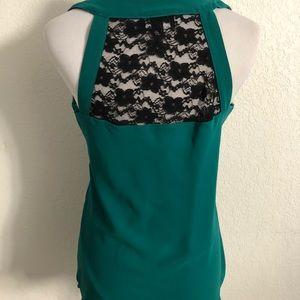 Tops - Cute blouse!